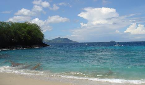 blue lagoon padang bai bali