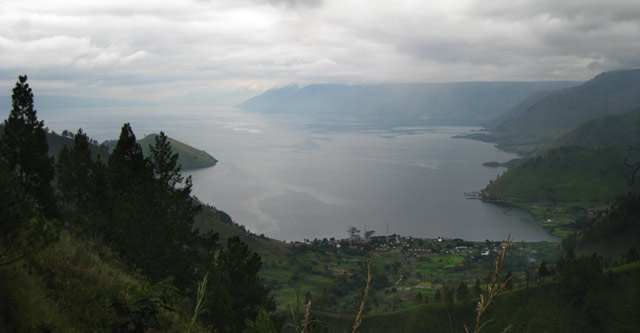 Danau Toba, view from Sipisopiso waterfall
